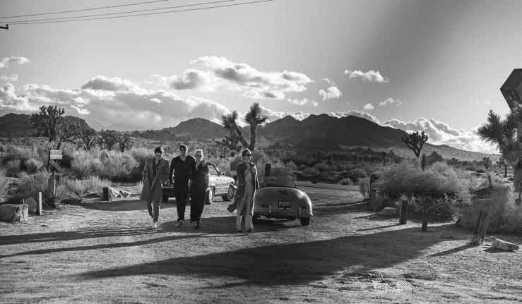 Foursome-and-Car