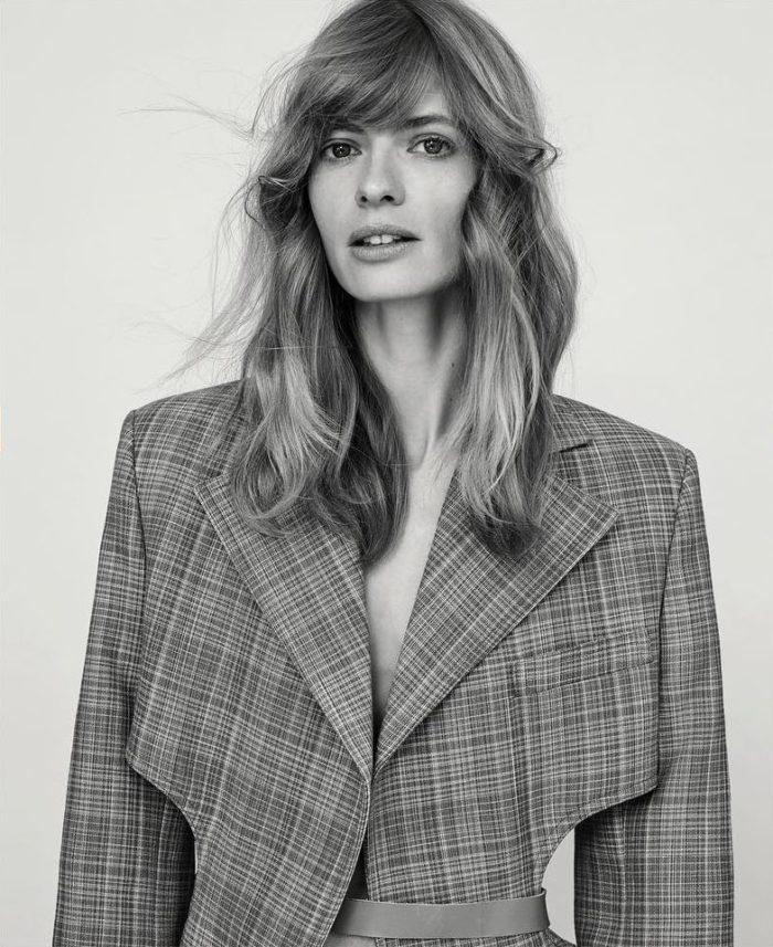 Julia-Stegner-Alexandra-Nataf-Unconditional-Magazine-Spring-Summer-2017-1-700x857